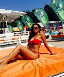 Roxi Hot